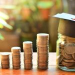 Top 14 Ways College Students Can Easily Save Money